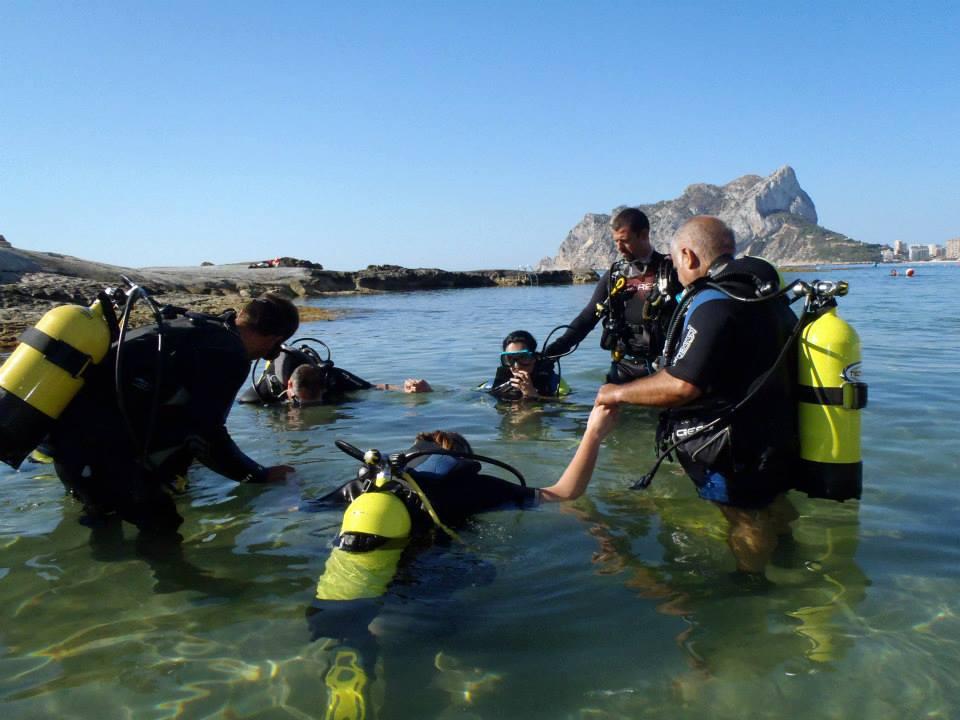 Schatzsuche auf dem Meeresgrund von Calpe … Buscando tesoros en el fondo del mar – Costa Blanca, Mario Schumacher Blog