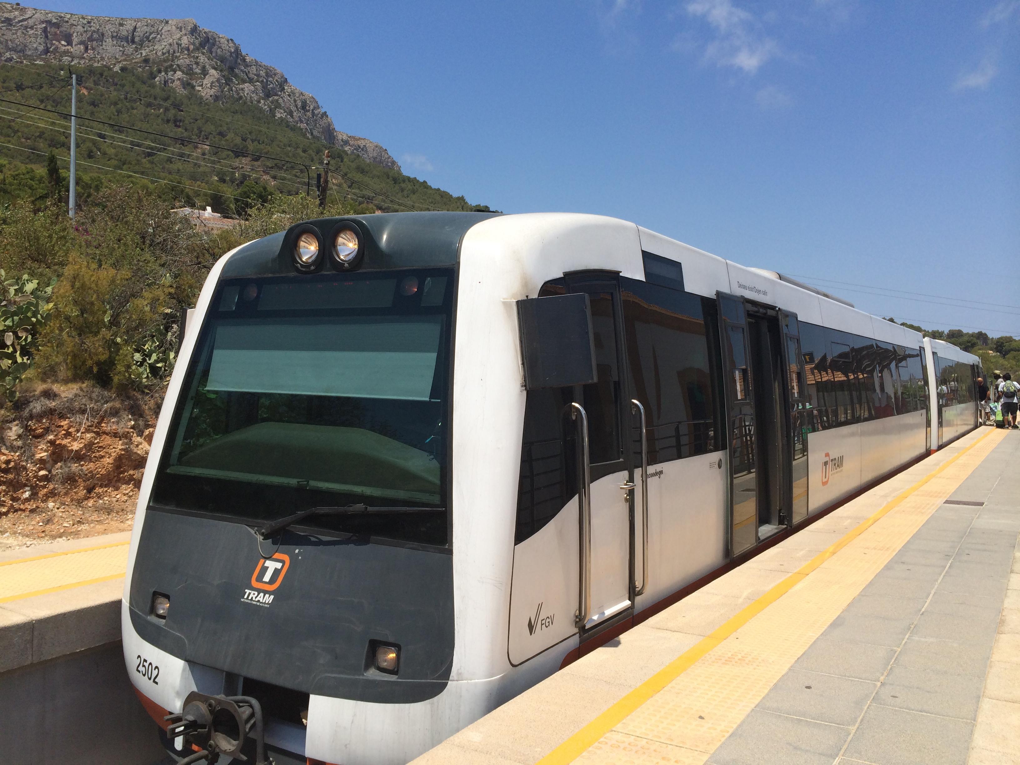 Per Zug von Denia nach Calpe – Küstenzug der Costa Blanca, Mario Schumacher Blog