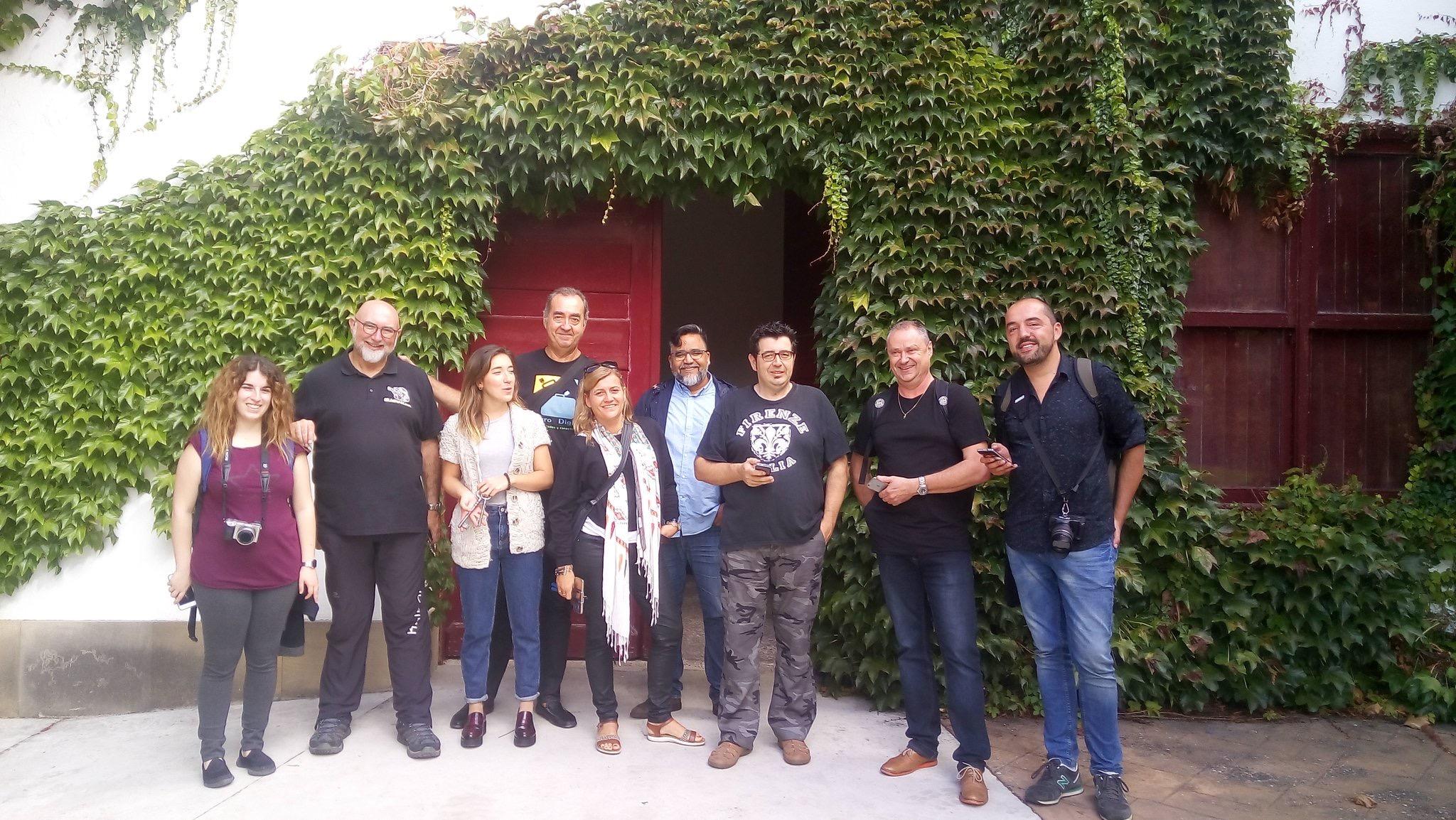"""Wein-Touristen auf den Spuren der Trauben & Dinos in der """"La Rioja"""" (Spanien), Mario Schumacher Blog"""